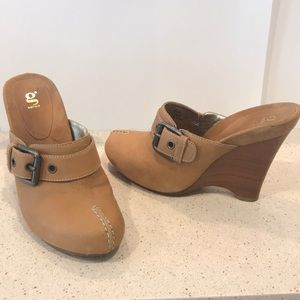 G Series Tan Leather Wooden Platforms Clogs